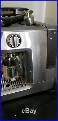 Breville BES870XL Barista Express Espresso Machine With Grinder Stainless Steel