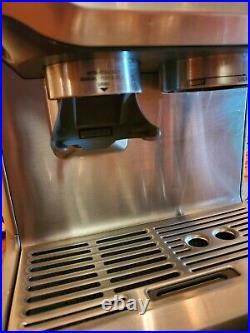 Breville the Barista Express Espresso Machine with Grinder BES870XL Excellent